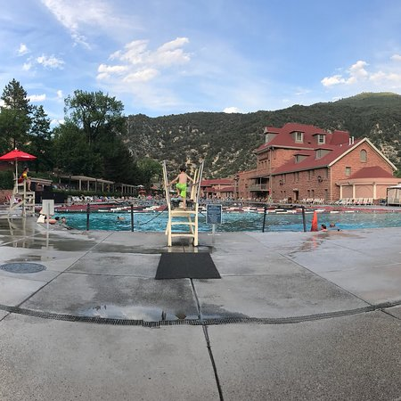 Glenwood Hot Springs Pool: photo0.jpg