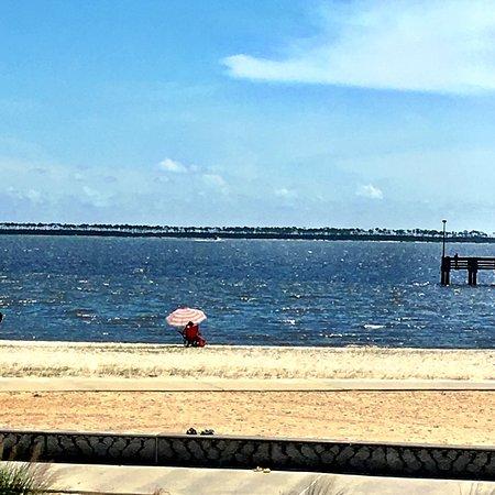 Front Beach: photo2.jpg