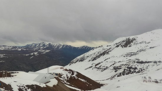 Valle Nevado, Chile: P_20180806_154900_HDR_large.jpg