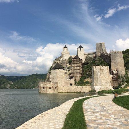 Srbija: Stemning og natur