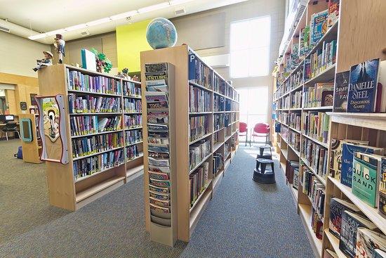 Alberta, Canada: In the shelves