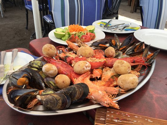 Playa Quemada, Spanyol: Seafood platter €70 for two people