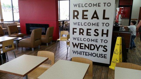 White House, Теннесси: Inside Seating