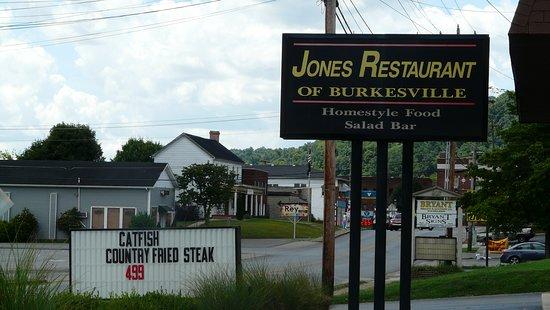 Burkesville, Kentucky: On the main drag.