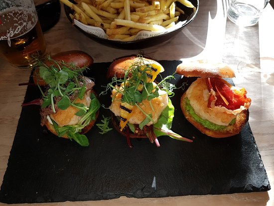 Sliders - Steak, Prawn & Scallop - Picture of Crab Shack on