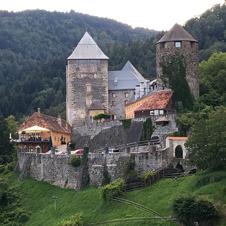 Burghotel Deutschlandsberg Photo