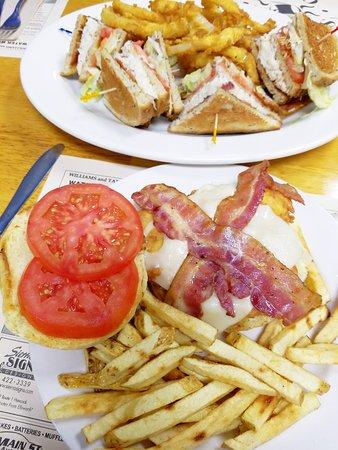Ellsworth, ME: sylvia's slam and crabmeat club