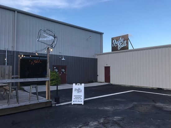 Rusty Bull Brewing Co.: street view