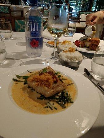 Flying Fish: Mahi Mahi FIJIAN — green beans, coconut sambal with lolo sauce