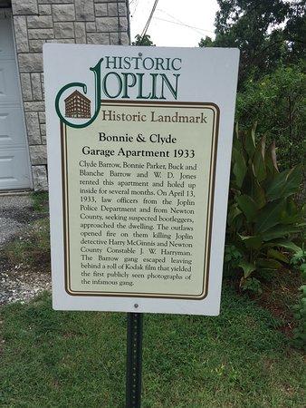 bonnie and clyde s joplin garage apartment hideout 2019 all you rh tripadvisor com