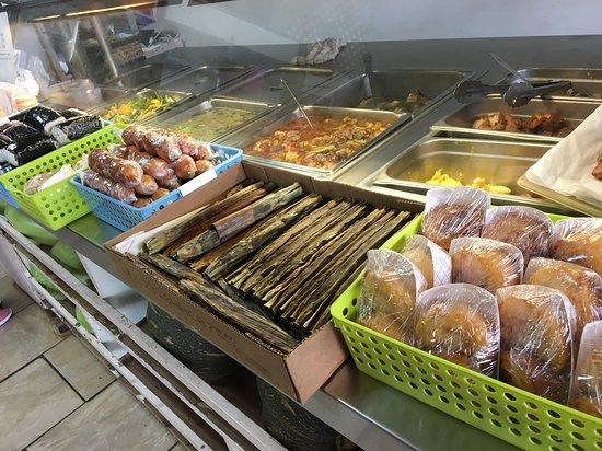 Rice Shopping Center: fresh Filipino food at R n J Bakery