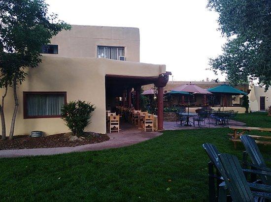 El Pueblo Lodge: IMG_20180806_063912_large.jpg