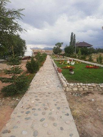 Bokonbayevo, Kirgisistan: IMG_20180807_200642_large.jpg