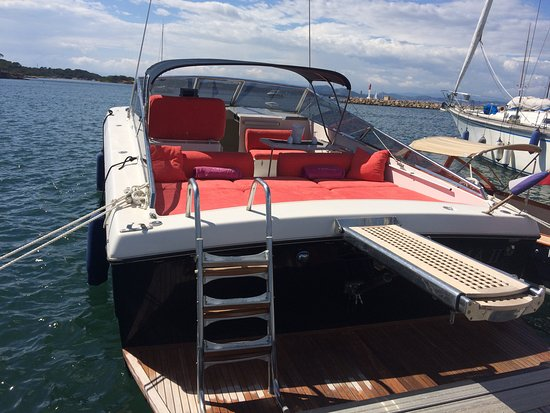Port-Grimaud, France : Itama 38