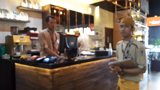 Interior Cafe Picture Of Excelso Cafe Mall Olympic Garden Malang Tripadvisor