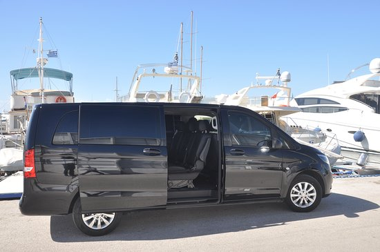 Glyfada, กรีซ: Private Transfers