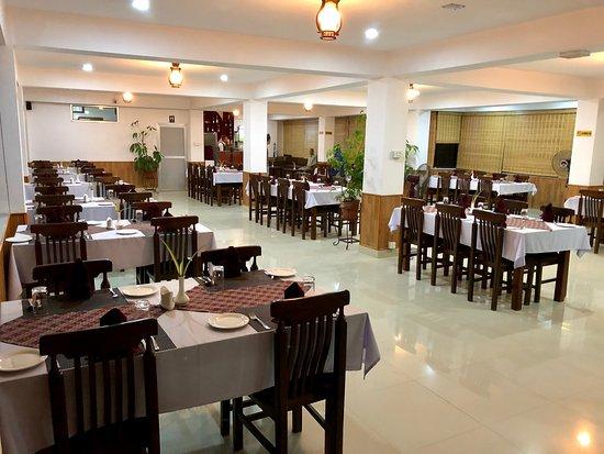 Banepa, Nepal: Hotel Satyam Restaurant