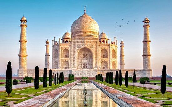 Trip to Taj Mahal
