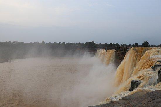 Chitrakot Waterfall照片