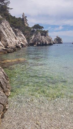 Calanque du Sugiton : L'eau translucide
