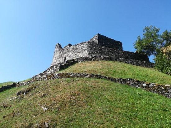 Castello di Altaguardia