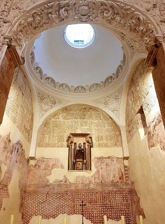 Tricio, Spania: Basílica de Santa María de los Arcos