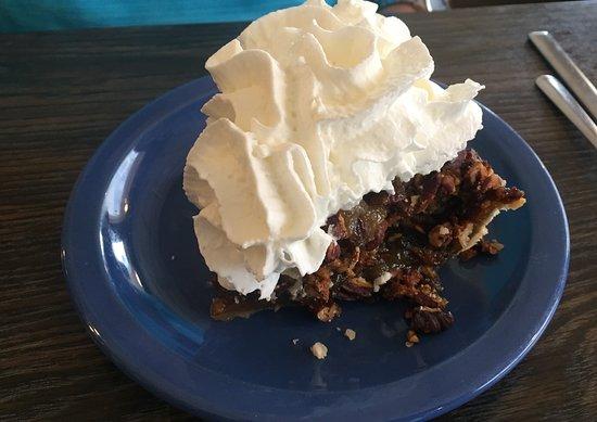 Aitkin, MN: Pecan pie