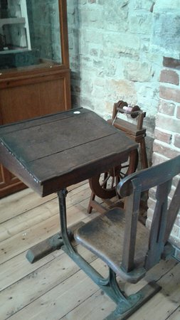 Axminster, UK: Old school desk in the Heritage Centre
