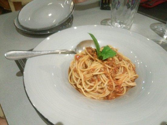Valentino Pasta & Grill: Ragù bolognese