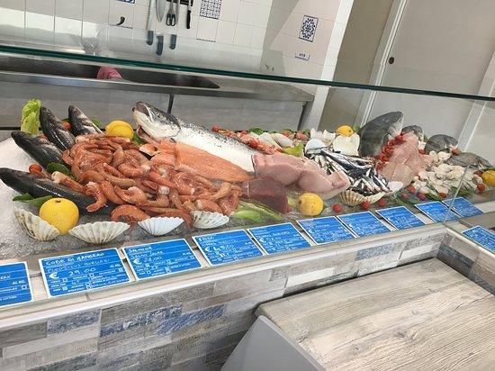 Pescheria Bistrot Fish Corner: bancone del pesce