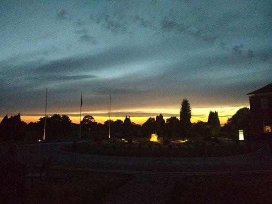 Mottram St. Andrew, UK: Sunset
