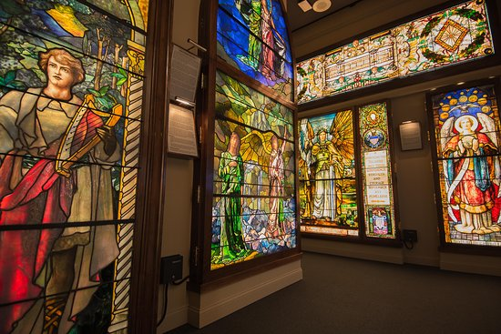Evanston, IL: Stained Glass Masters Gallery, The Halim Time & Glass Museum