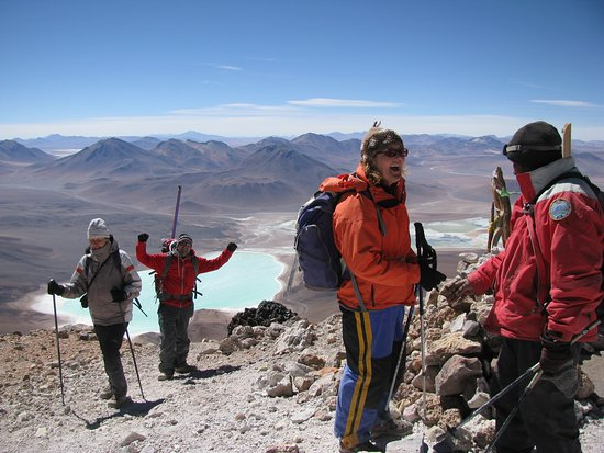 Cumbres 6000 Day Tours