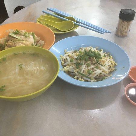 Onn Kee Restaurant (Tauge Ayam Kue Tiau): photo0.jpg