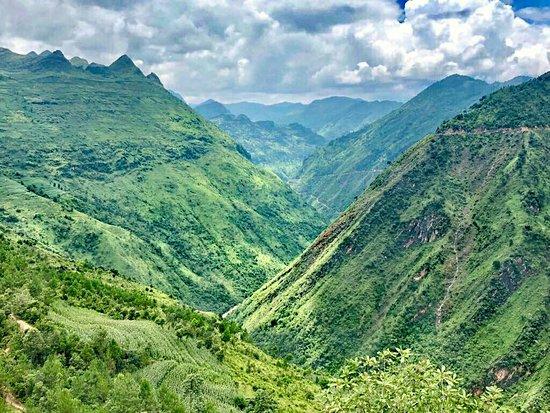 Mr. Hung Vietnam Tourism
