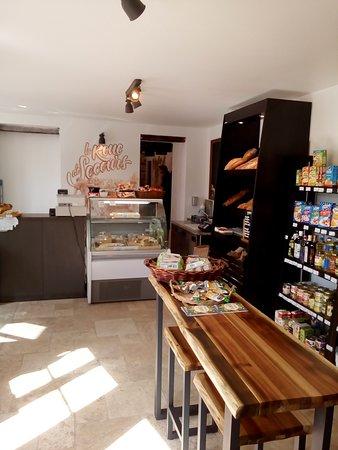 Dannemois, Frankreich: Épicerie