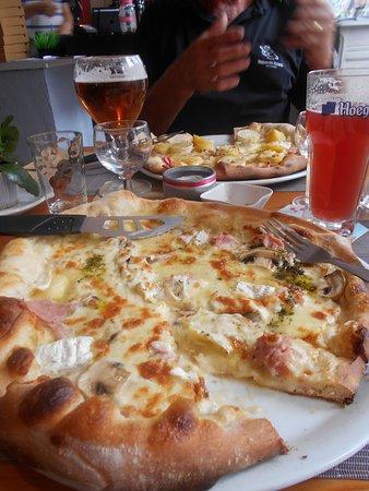 Saint Saens, Prancis: pizza normande aus delices de marion a st saens