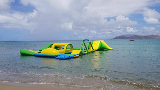 Frigate Bay, St. Kitts: Ocean's Beach Bar Lounge and Aqua Park, St. Kitts