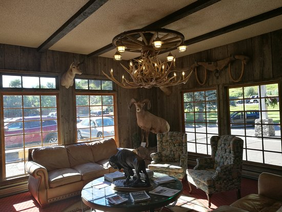 Virginian Lodge Photo