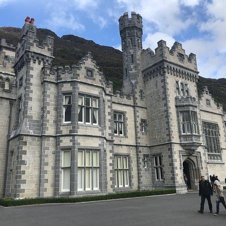 Moycullen, Ireland: Kylemore Abbey, Connemara