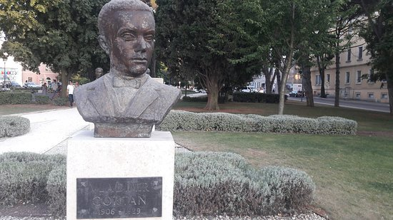 Titov Park