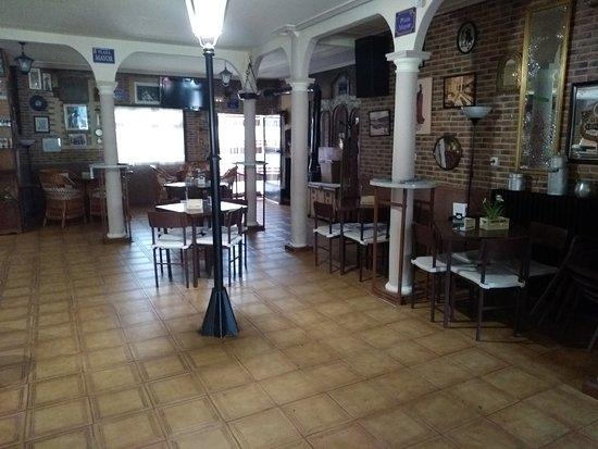 Bar La Capital: Interior