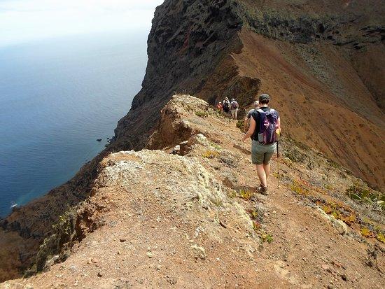 St Helena Island: The ridge on the way to the Barn