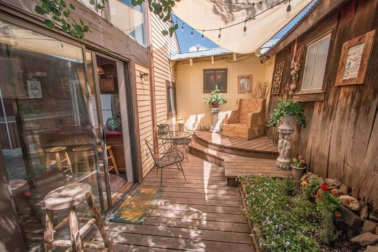 Rico, CO: Come relax on our back patio