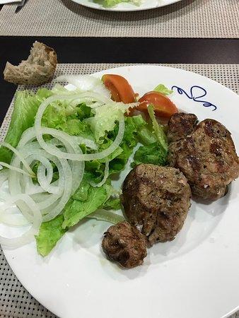 O Carballino, Испания: veal steak entree