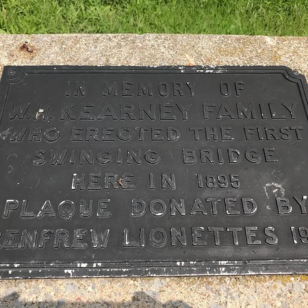 Renfrew, Kanada: A fun little bridge