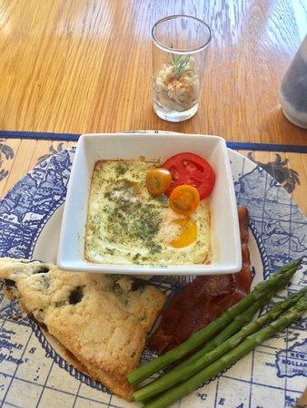 The Inn at Tabbs Creek Waterfront B&B: Wonderful Breakfast!