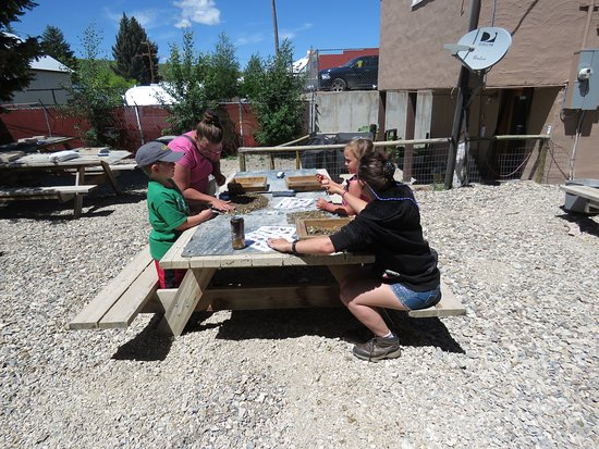 Montana Gems of Philipsburg: Finding our treasures