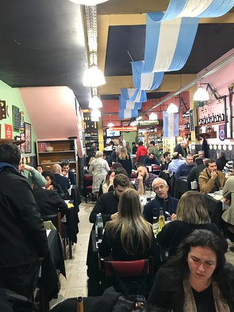 Norte: Salón Restaurante Bodegón