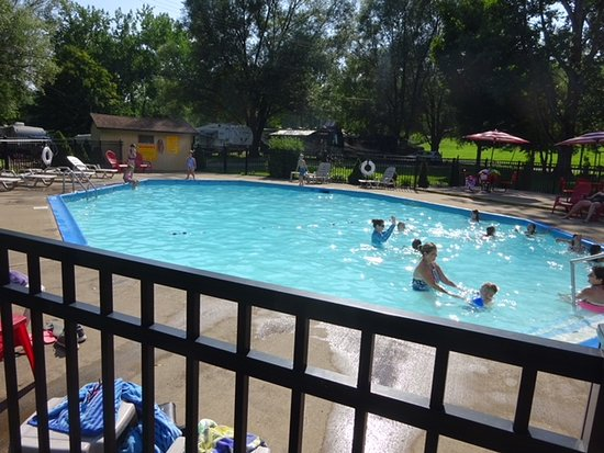 Nice Fenced Swimming Pool Area Picture Of Herkimer Diamond Mines